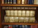 Boekenplankje in het archief