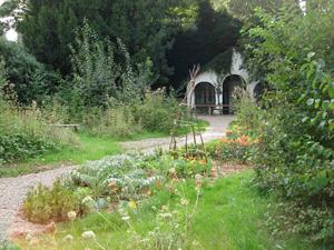 Huidige tuin en tuinhuis Marres huis