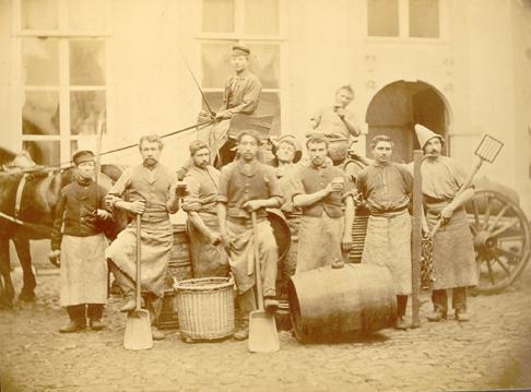 groepsfoto personeel brouwerij Marres-Ceulen, omstreeks 1900