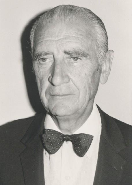Eugène III als oudeman