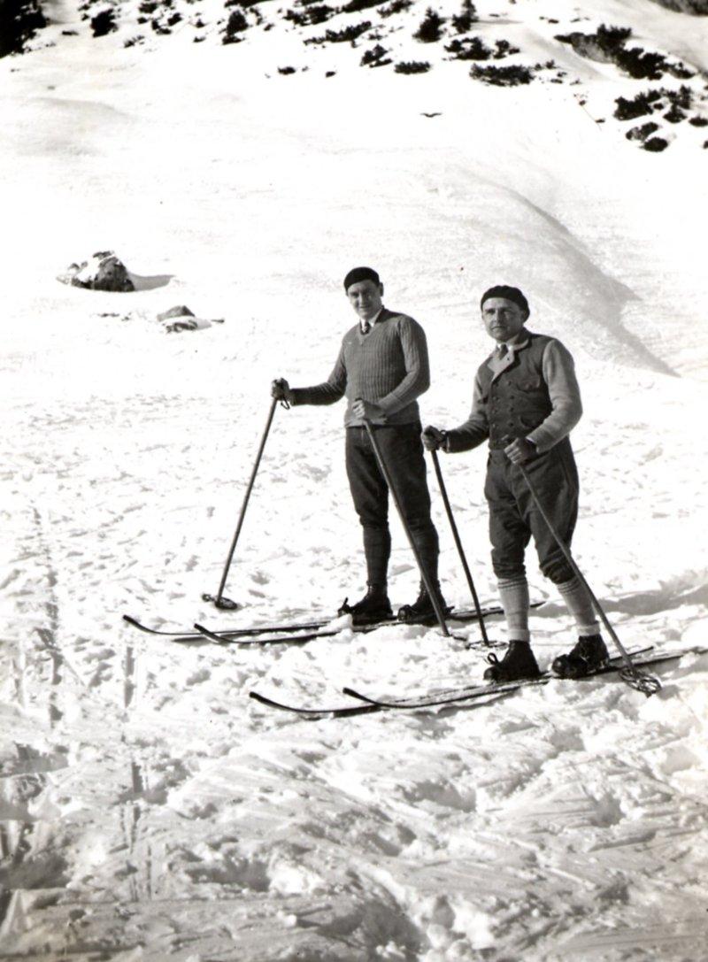 Eugène P.E.J. Marres en Paul Janssen te Hochalm jaren 1930 van de vorige eeuw