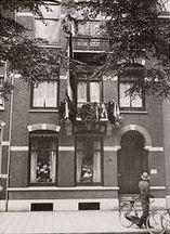 Willemsparkweg 150 De versierde woning van roeier L.H. Gunther. Foto Stadsarchief Amsterdam